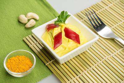 Pateu antioxidant cu turmeric – raw