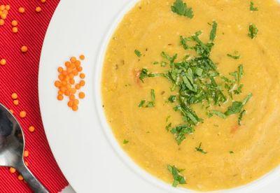 Supa crema de linte rosie – vegan