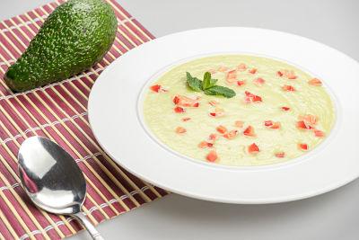 Supa de avocado – raw