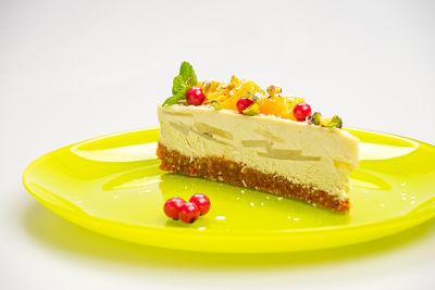 [:en]Pear, Banana and Pineapple Cake – raw ( from 1,5 kg )[:ro]Tort pere, banane și ananas – raw ( de la 1,5 kg )[:] 5