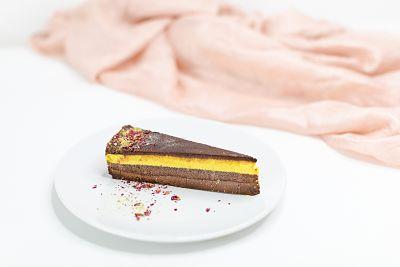 Tort Ciocolată alcalină şi lămâie – raw (1)_opt